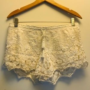Lace Crochet Shorts Floral Pull On Elastic Waist